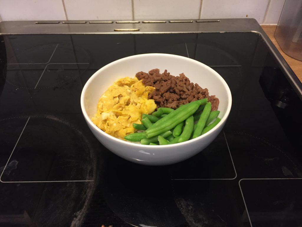 A bowl of Yonshoku donburi