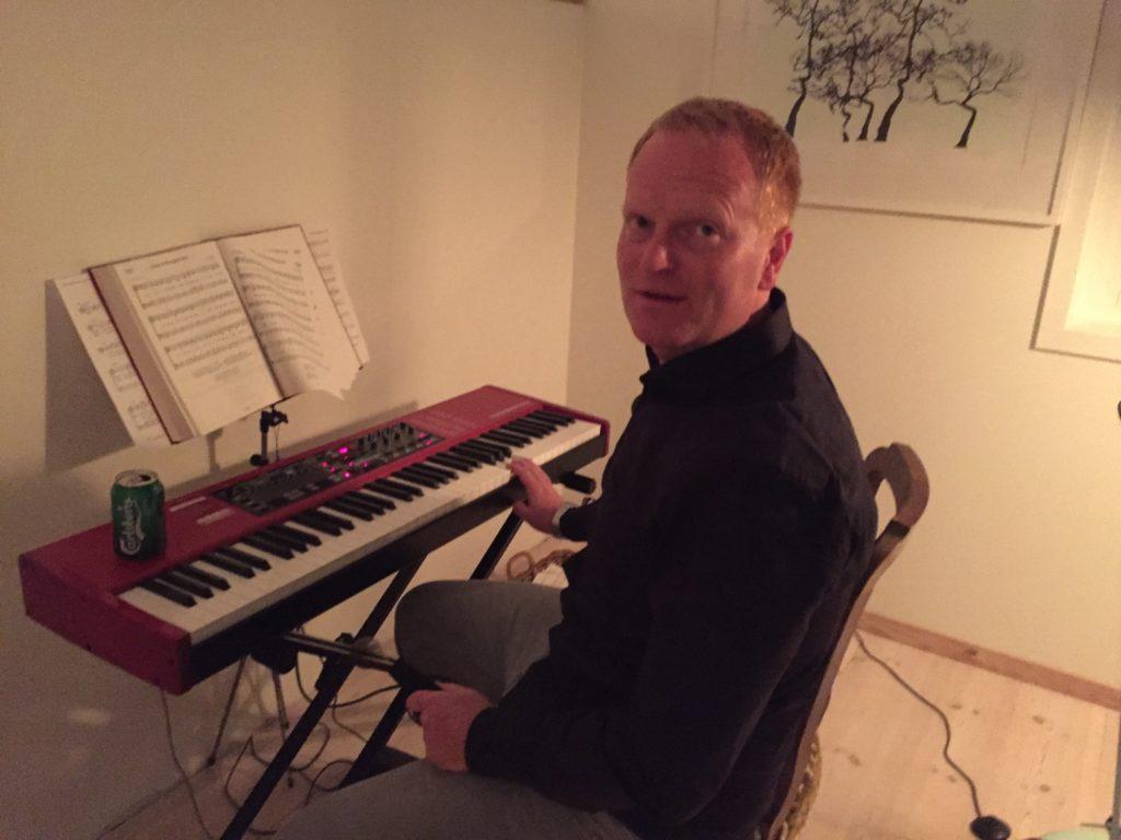 Nord electro 4 hp piano