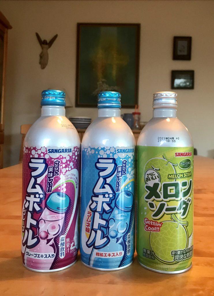 Den hellige treenighet. Grape Ramune, Ramune original og Melon Soda. Riktignok ikke på codd flasker