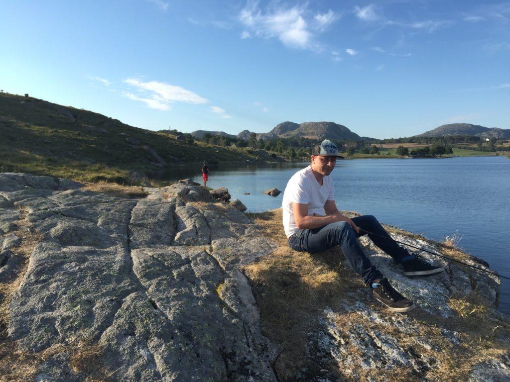 Skjelbreidtjørna fiske Ørret Aure Sandnes innsjø Rogaland norway trout fishing