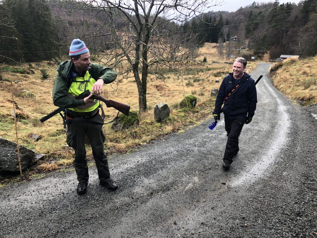 Jakt på rugde. Rugdejakt vest Agder Norge. Norwegen waldschnepfe