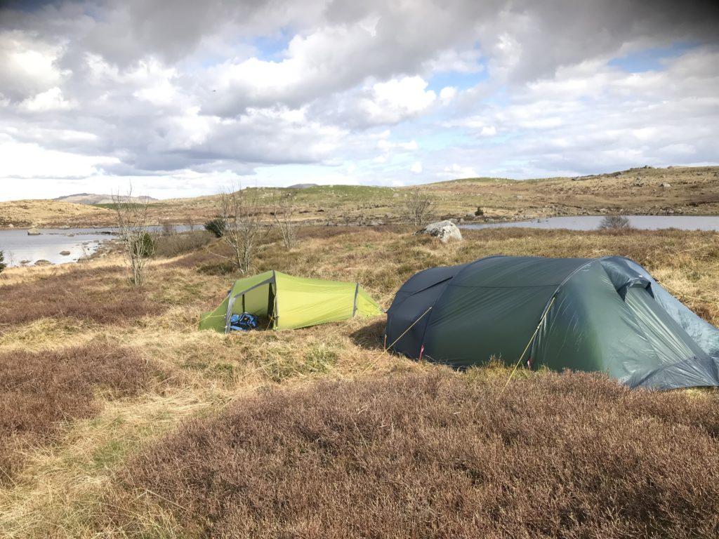 fiske ørret i Storamoset Holmavatn telttur Rogaland 504 Fiskje