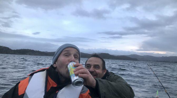 Angeln im Meer mit meinen Deutschen Freunden